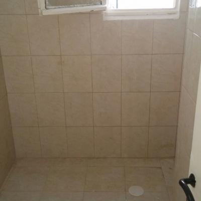 מקלחת חדשה